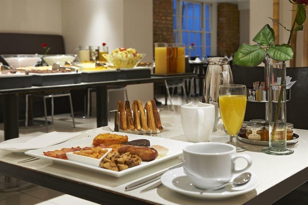 food plate brunch breakfast restaurant counter buffet lunch