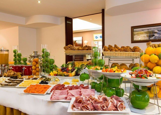 food buffet counter brunch lunch cuisine breakfast supper restaurant fresh
