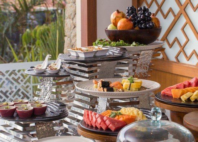 plate food brunch breakfast buffet lunch