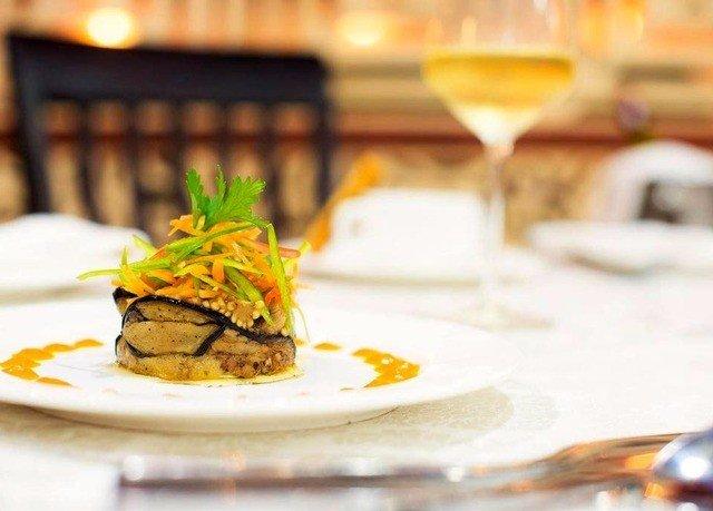 cake plate food slice restaurant breakfast piece brunch dessert cuisine lunch dinner sushi