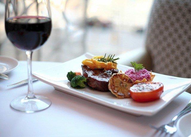 food plate restaurant lunch brunch breakfast dinner sense hors d oeuvre cuisine meat dining table