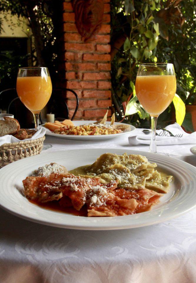 food plate cuisine restaurant dinner italian food brunch supper breakfast meat