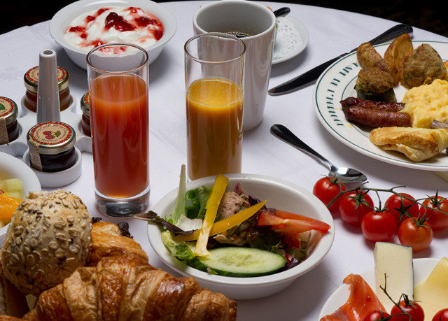 food plate lunch breakfast full breakfast brunch hors d oeuvre restaurant supper cuisine sense meat