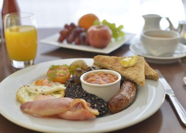 plate food breakfast full breakfast brunch lunch cuisine restaurant hors d oeuvre meat