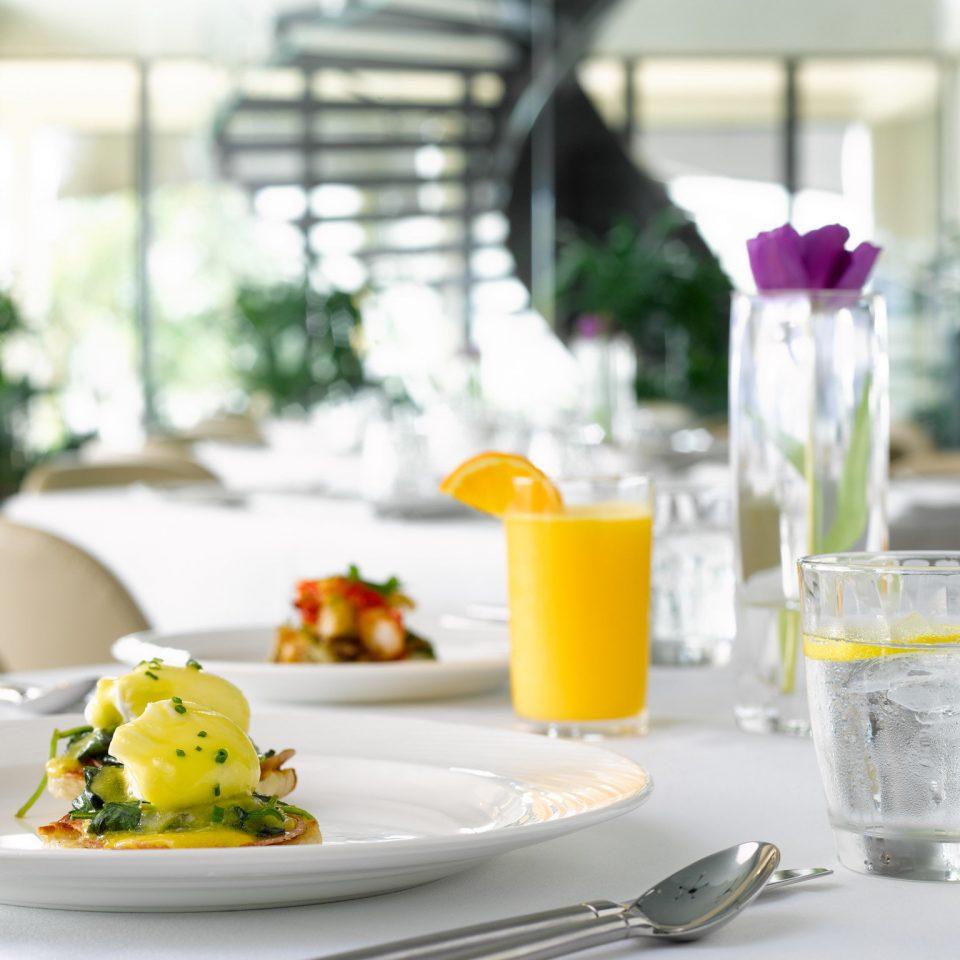 plate breakfast brunch restaurant lighting food sense flower lunch dining table