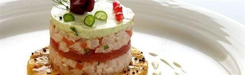 cake plate food piece dessert cuisine slice chocolate breakfast sliced eaten cream