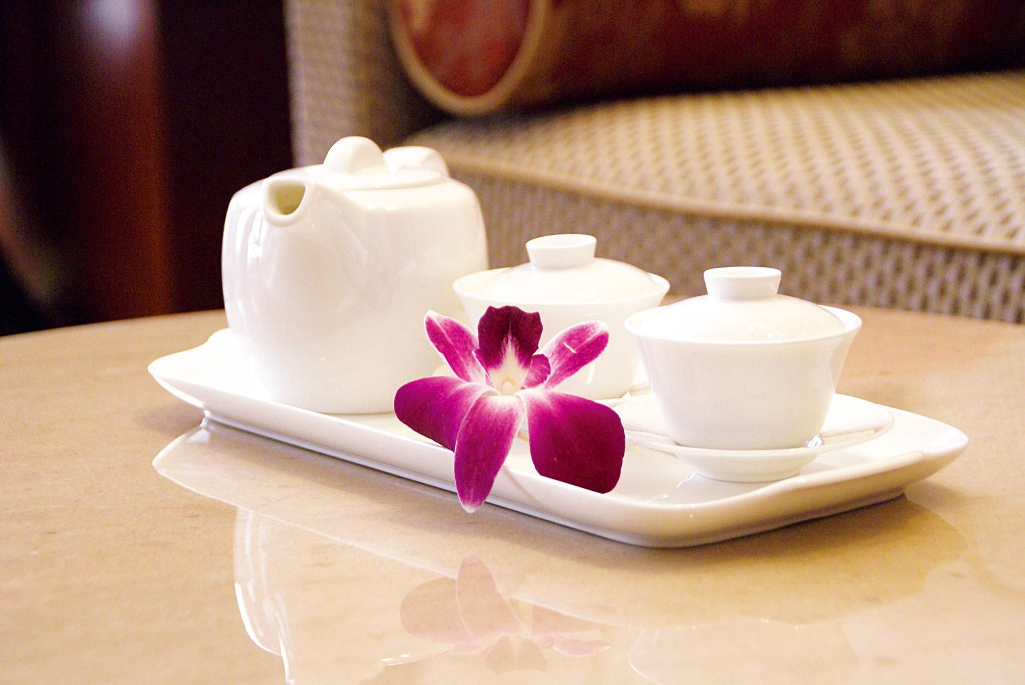 cup petal candle coffee cup lighting food ceramic flavor flower porcelain breakfast