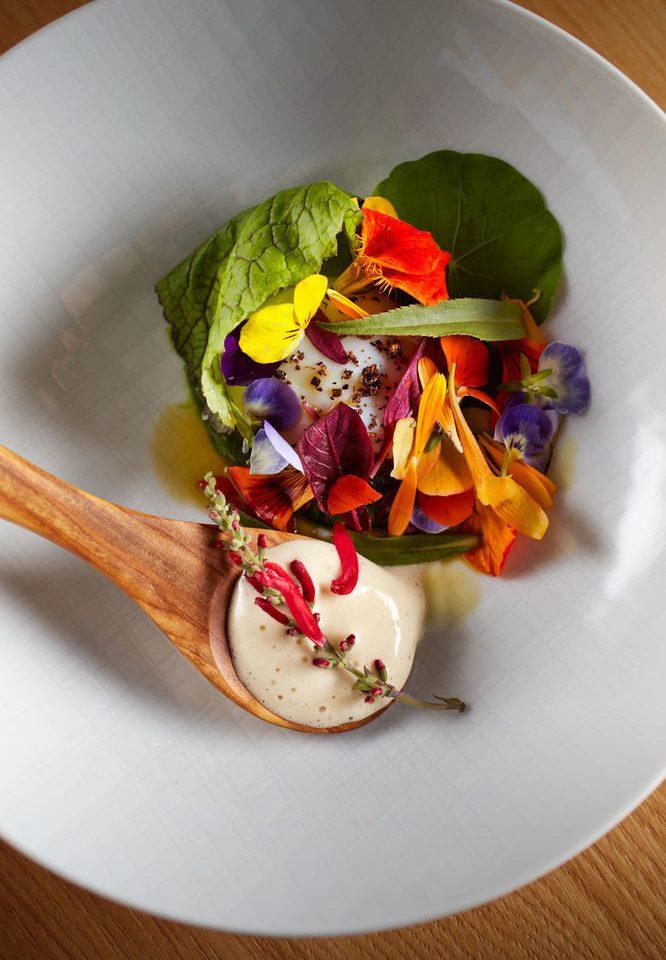 plate food cuisine salad vegetable breakfast containing