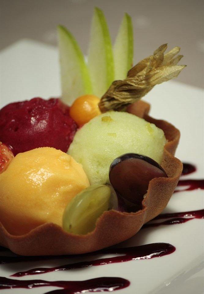 food plate fruit dessert sweetness cuisine pastry ice cream flavor breakfast
