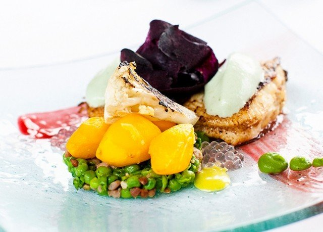 food plate fruit piece breakfast dessert slice cuisine fresh
