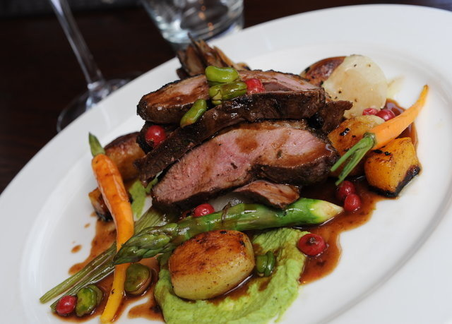 plate food meat white steak cuisine restaurant vegetable lunch breakfast dinner piece de resistance
