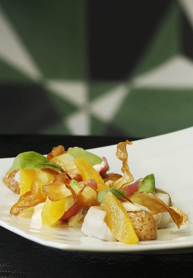 food plate plant land plant cuisine fruit vegetable flowering plant breakfast vegetarian food