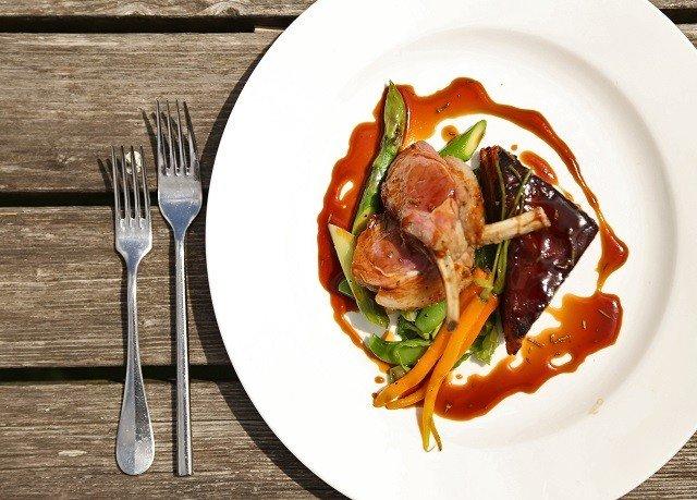 plate food meat cuisine hors d oeuvre white vegetable prosciutto breakfast piece de resistance