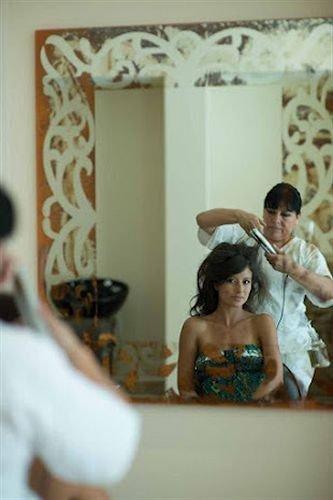 photograph image mirror bride