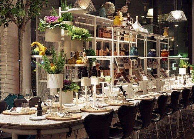 restaurant floristry brunch buffet dining table