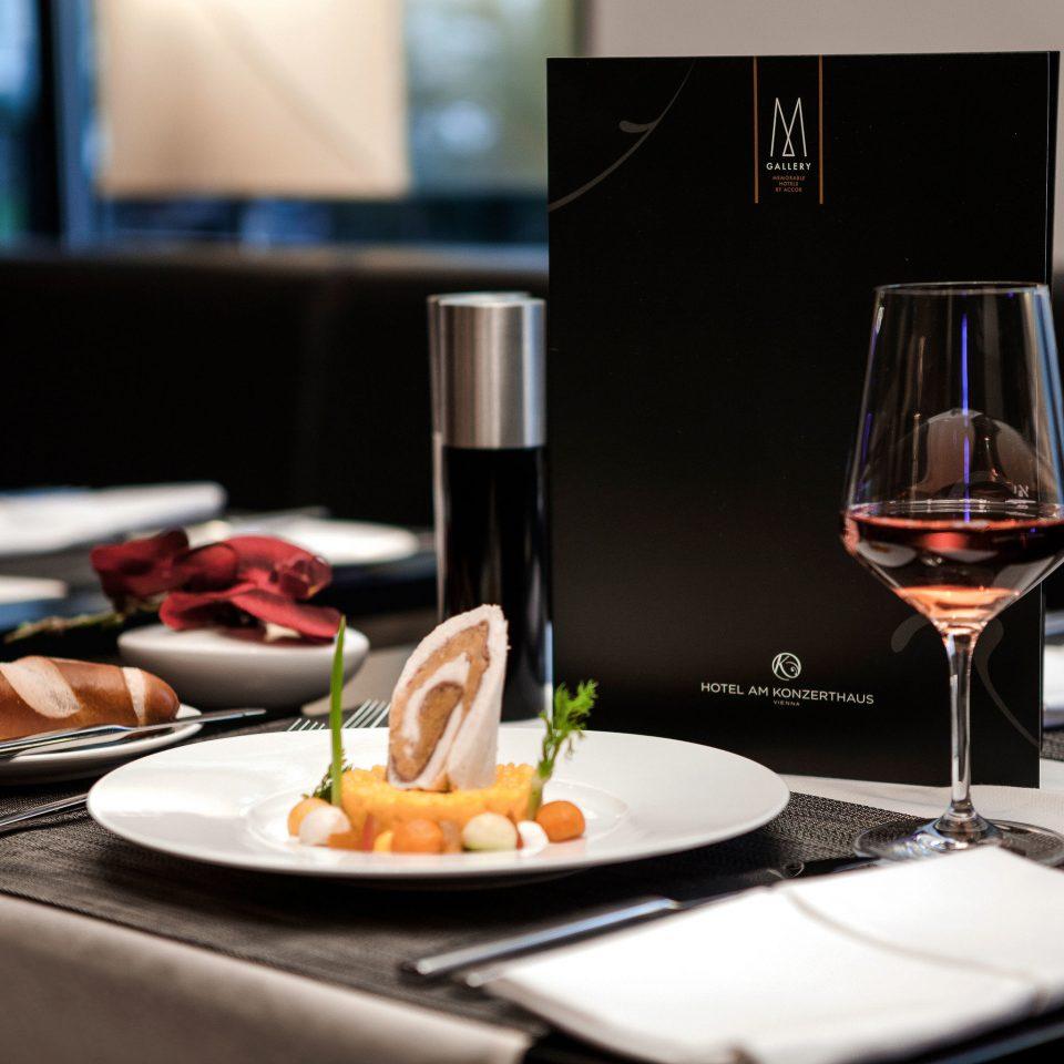 wine plate restaurant dinner brunch lunch sense glass