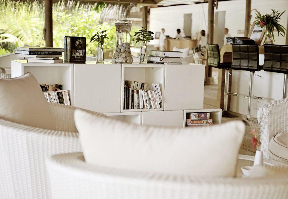white restaurant living room home brunch