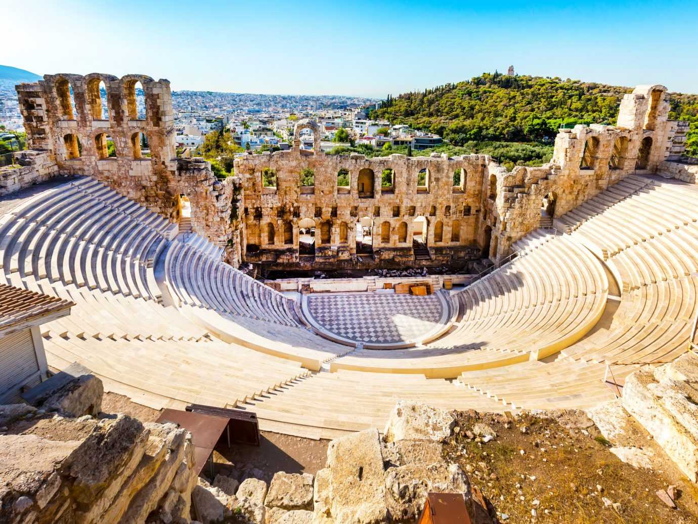 Travel Tips sky outdoor historic site landmark ancient history amphitheatre archaeological site tourism unesco world heritage site building history ancient rome City