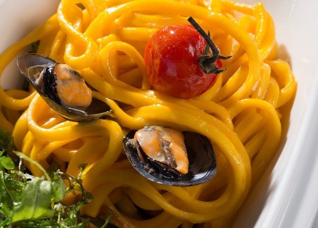 food pasta spaghetti cuisine italian food bucatini european food carbonara pici sauce spaghetti alle vongole spaghetti aglio e olio