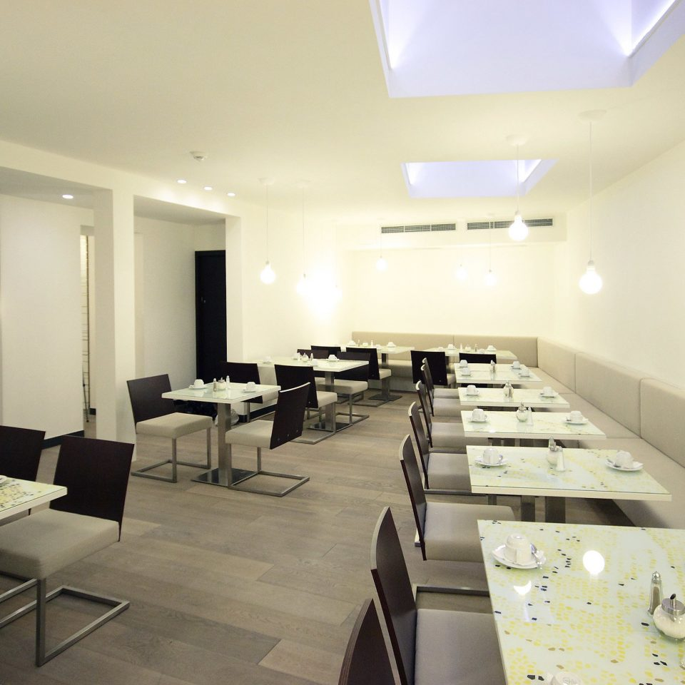 Budget City Dining Drink Eat Modern property conference hall waiting room function hall