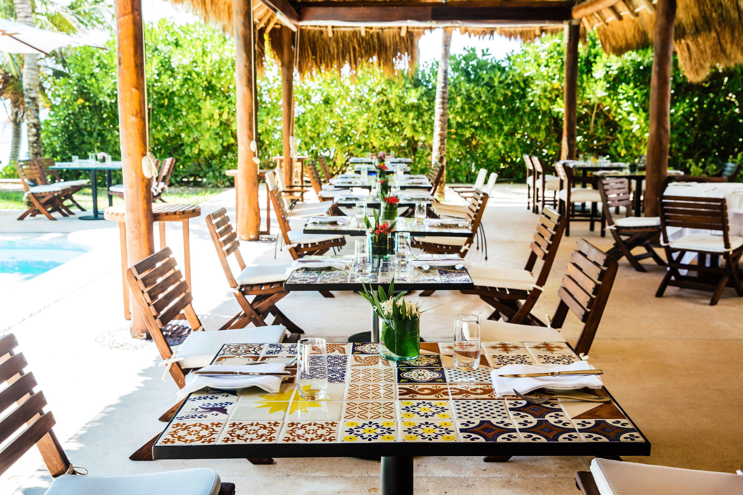 Budget tree chair Picnic leisure wooden Dining Resort backyard restaurant set Deck dining table