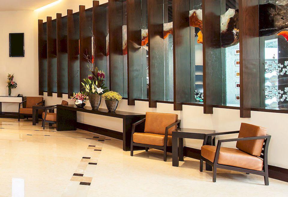 Budget Lobby Modern property living room
