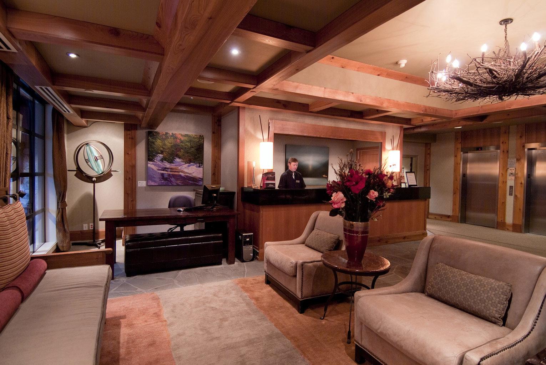 Budget Lobby Resort property living room home recreation room Suite mansion cottage Villa