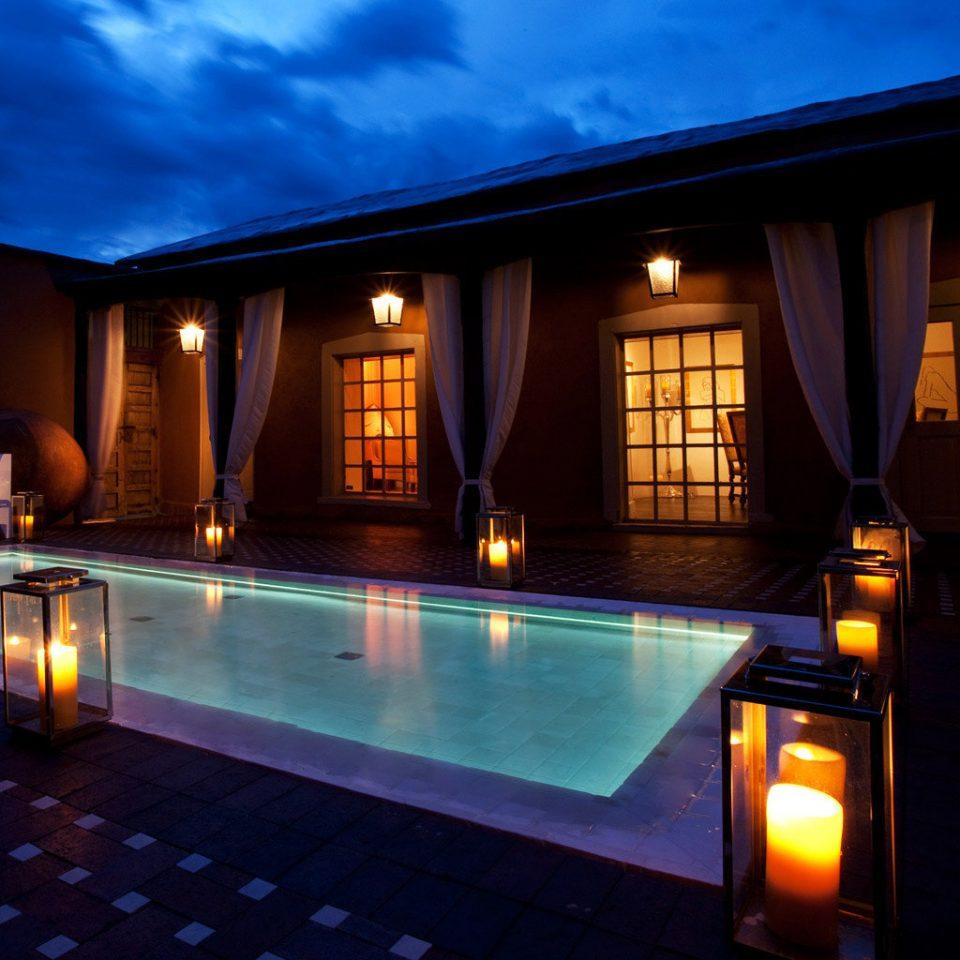 Budget Modern Pool sky light swimming pool house night home Resort lighting landscape lighting Villa mansion bright