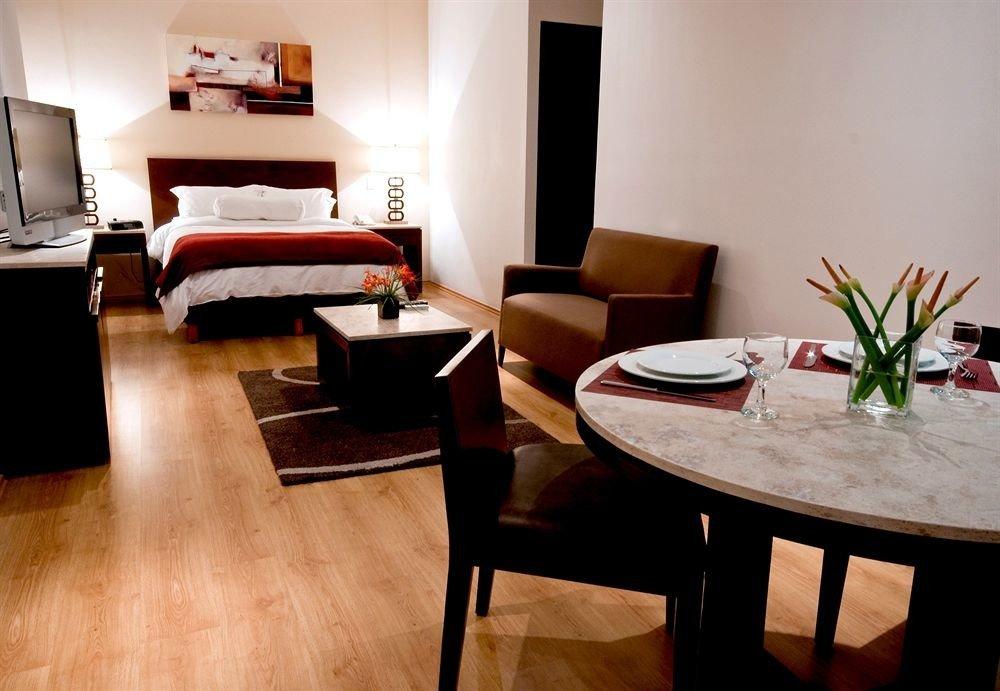 Budget Modern property Suite hardwood living room home cottage wood flooring
