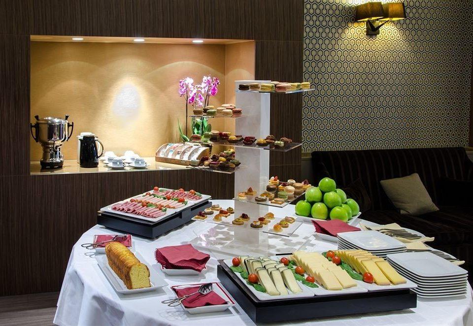 food plate restaurant buffet
