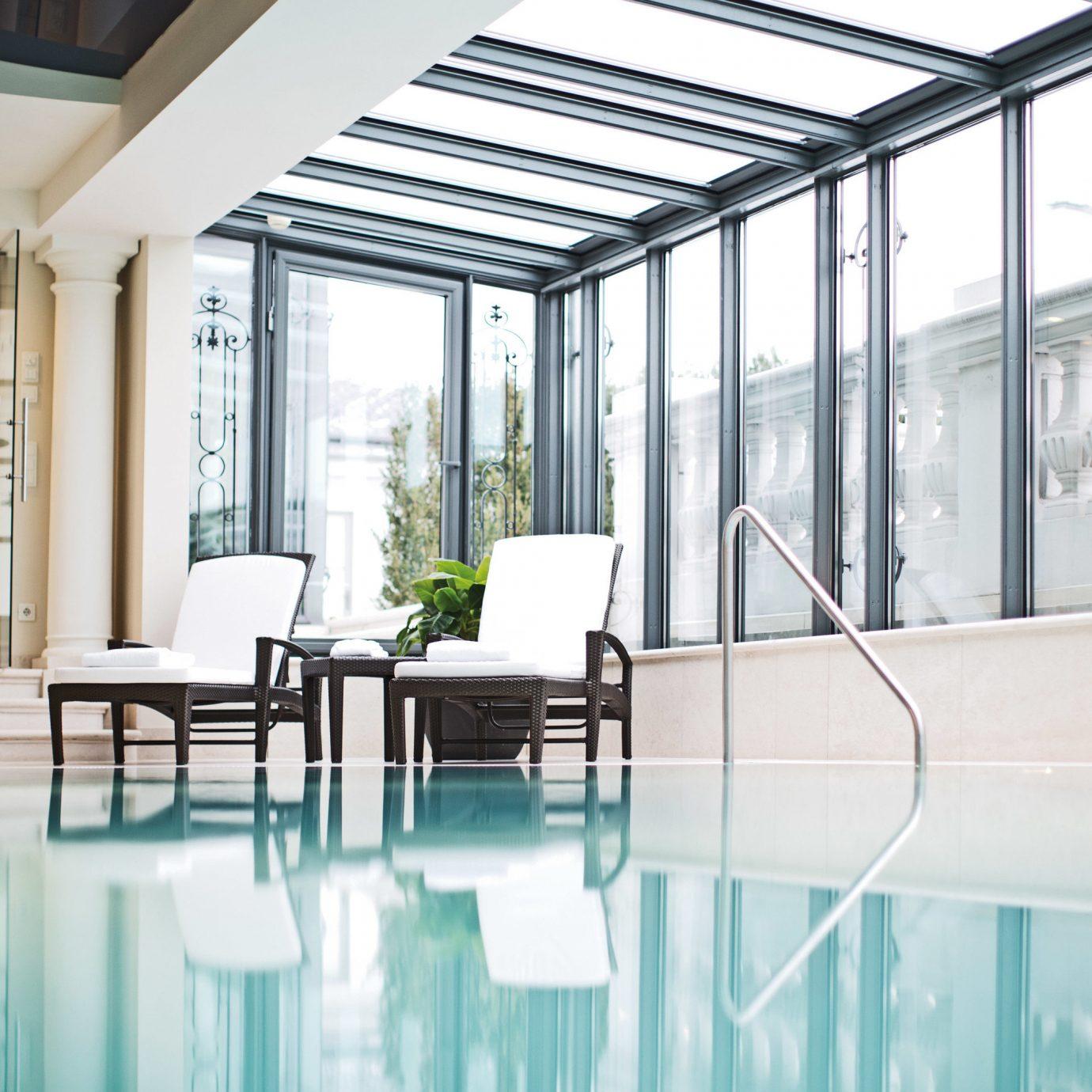 building property chair home condominium daylighting professional