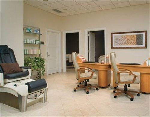 chair property building living room waiting room office hospital condominium