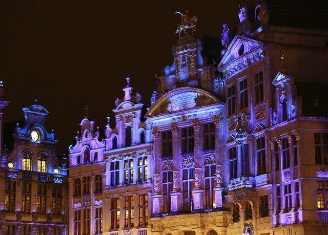 building night landmark metropolis evening christmas decoration christmas lights cityscape government building