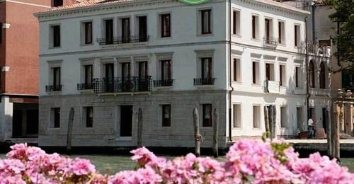 building flower property classical architecture government building pink palace mansion tours colonnade