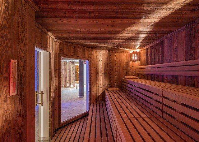 building wooden log cabin hardwood cottage