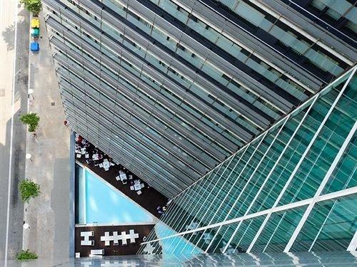 building net daylighting stadium