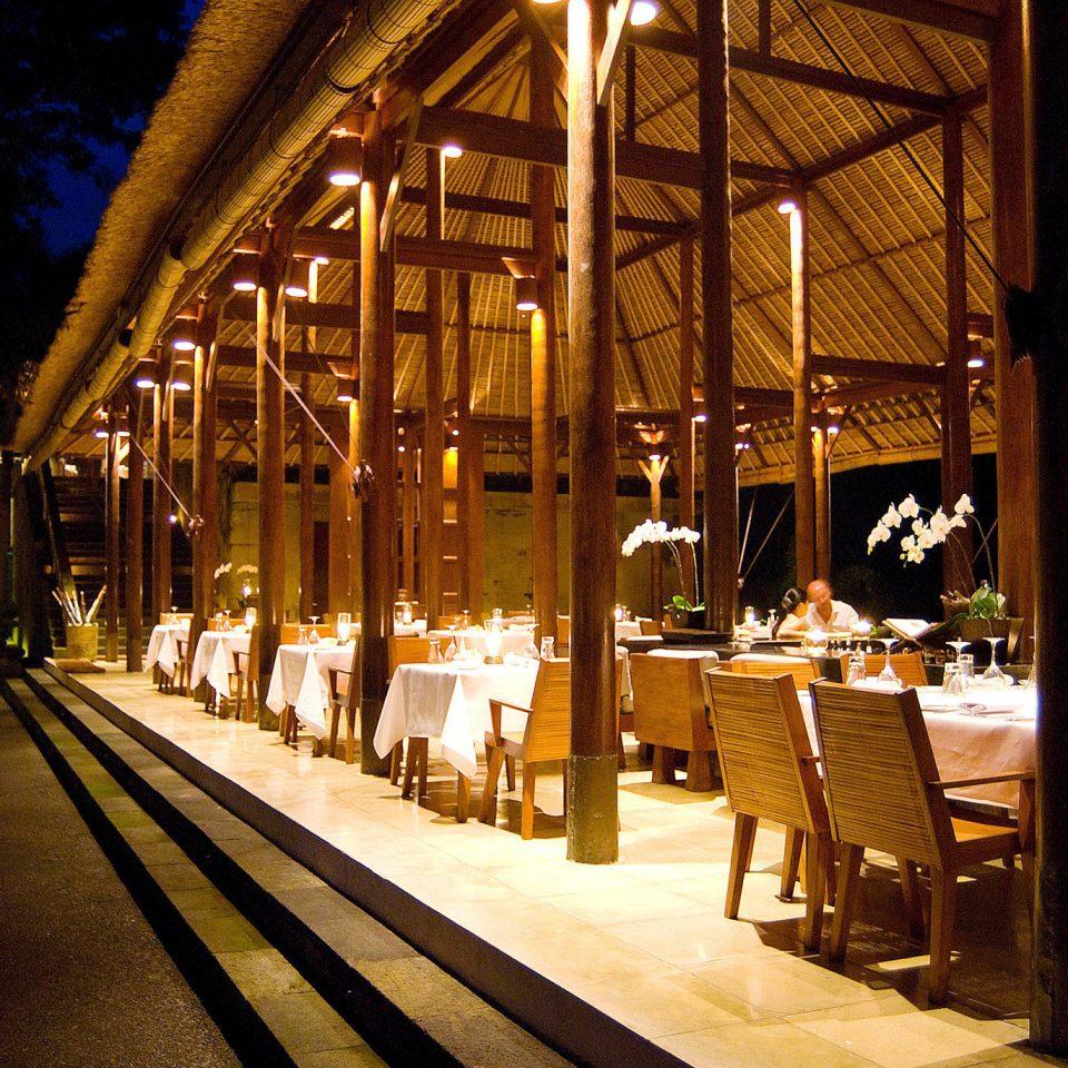 building night restaurant lighting platform evening