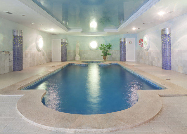 swimming pool property building leisure centre jacuzzi thermae