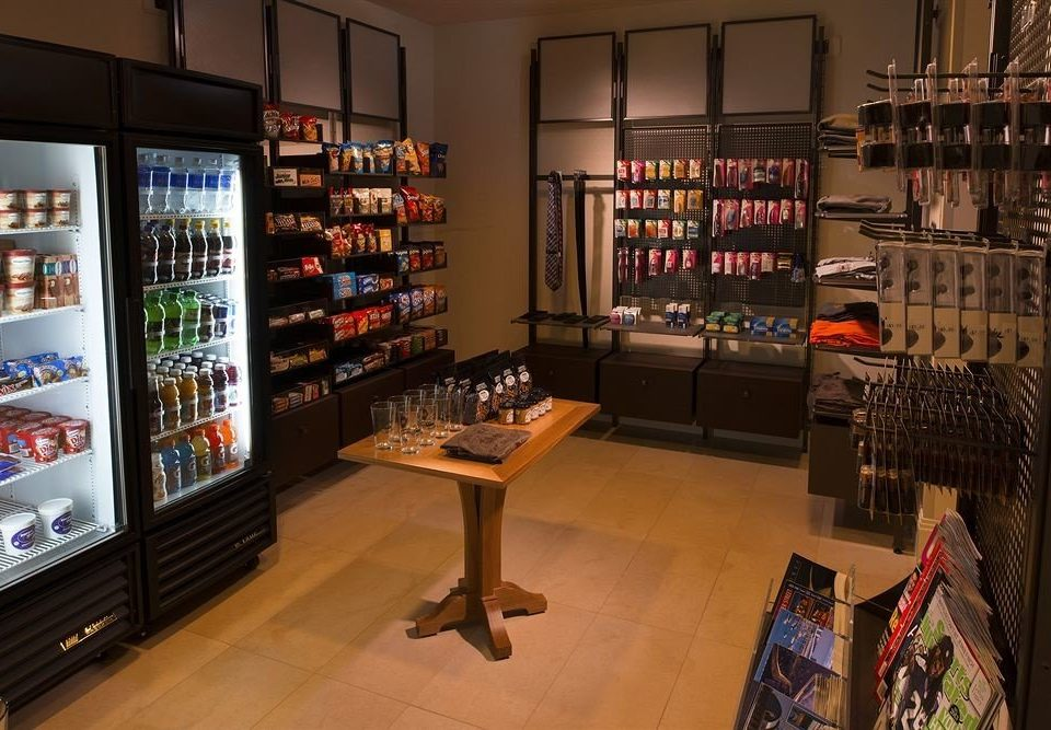 building liquor store retail tourist attraction