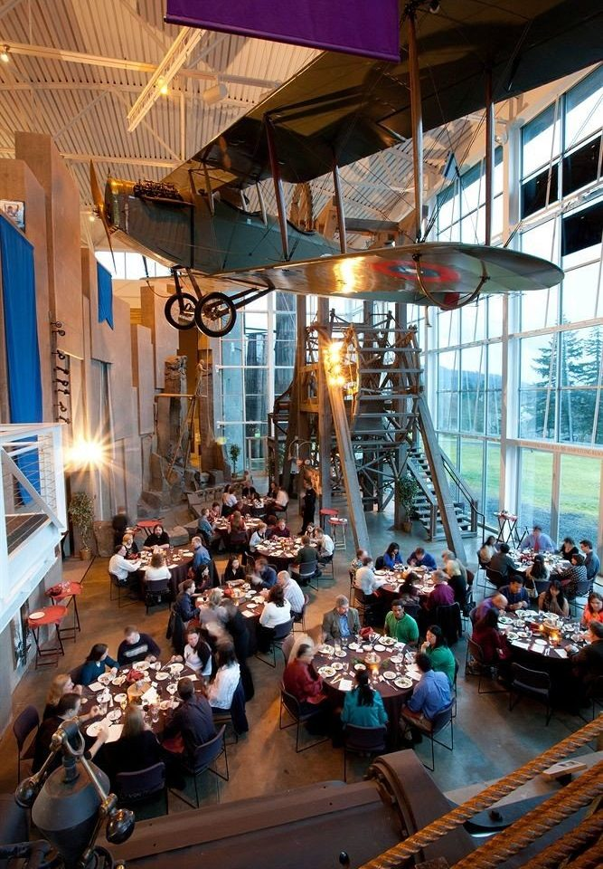 building restaurant market