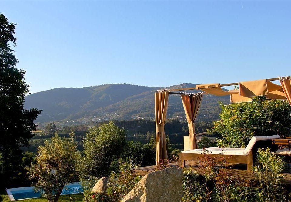 tree sky mountain property home bushes
