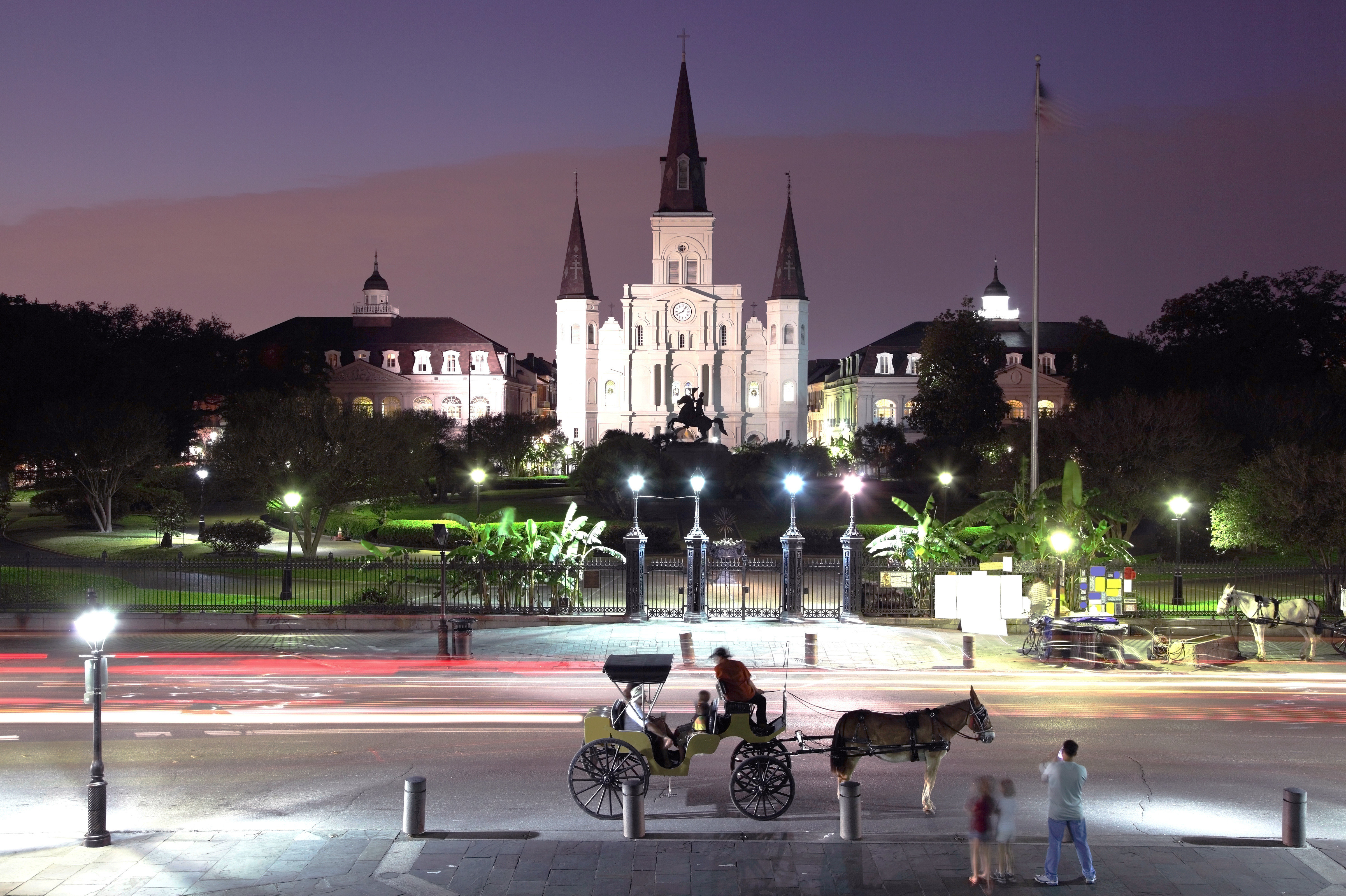 Business City Cultural Drink Landmarks Monuments Nightlife sky road plaza landmark town square night Town street evening cityscape Downtown place of worship Church