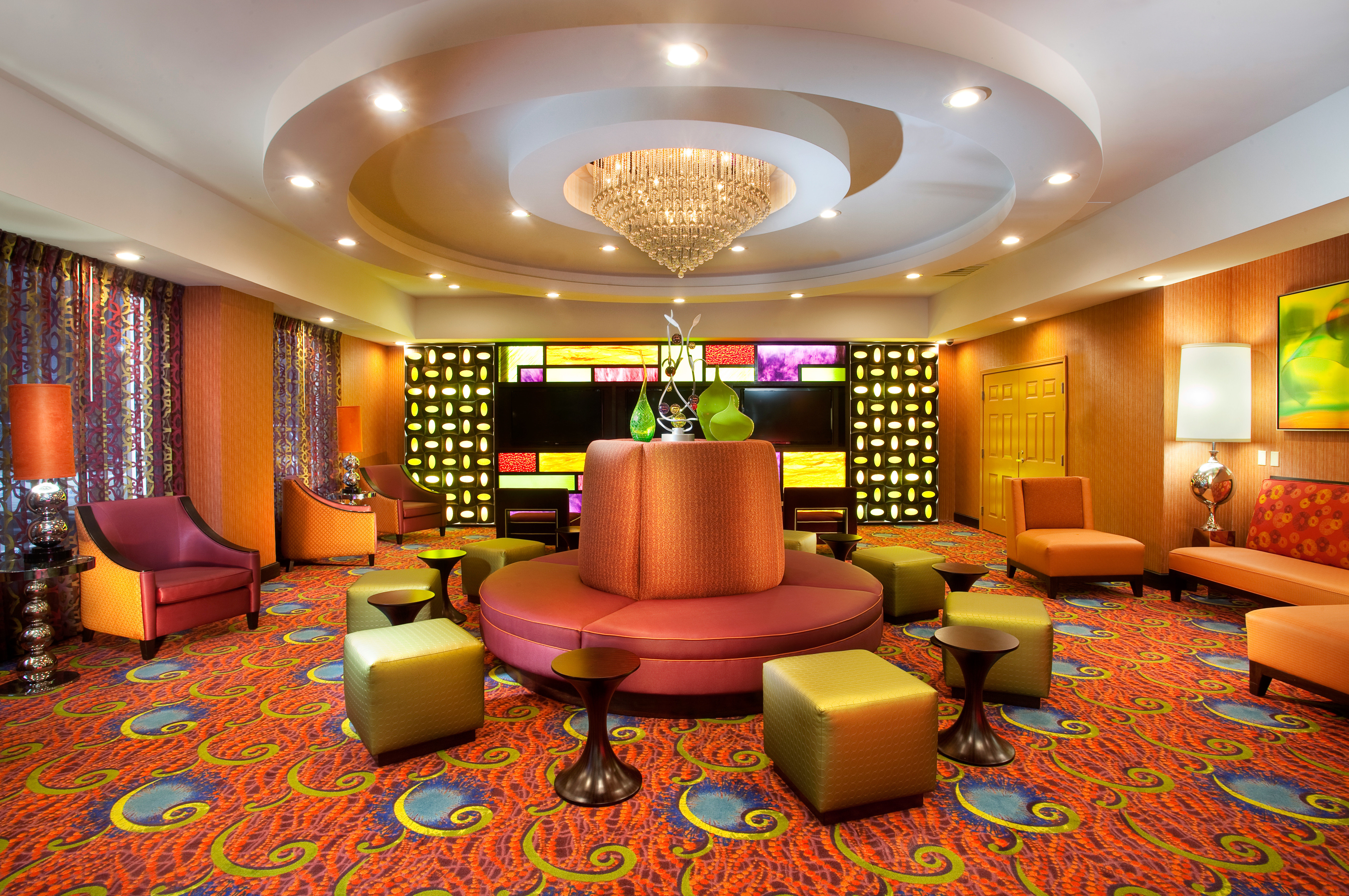 Business City Cultural Drink Lobby Nightlife living room recreation room function hall Suite