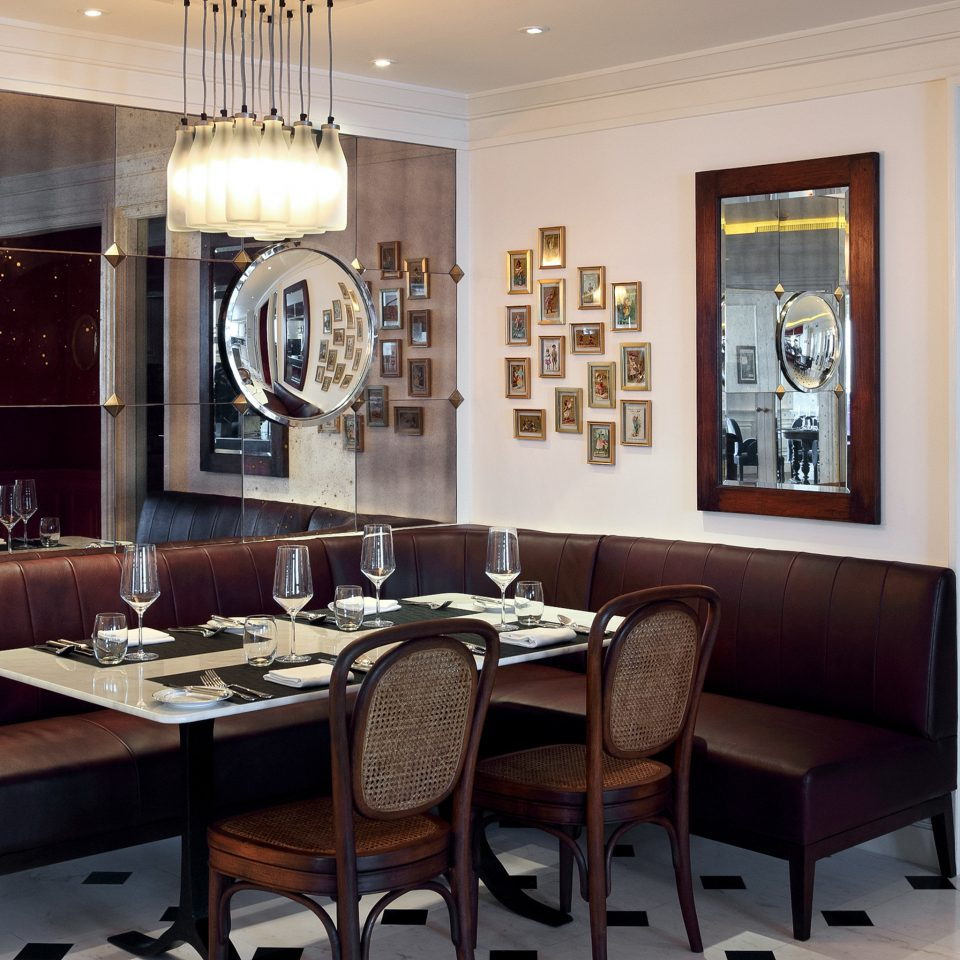 Business City Dining Drink Eat Hotels Landmarks Modern Scenic views property living room home cabinetry