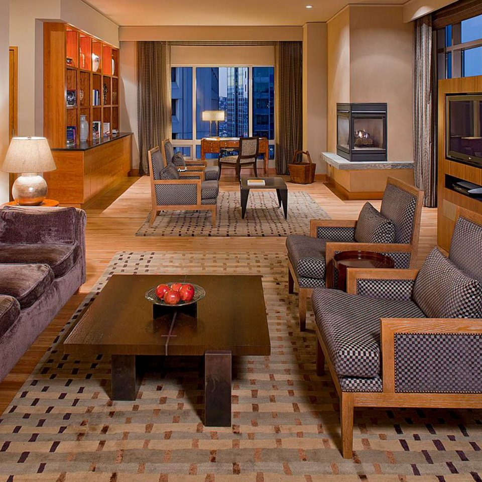 Business City Fireplace Lounge Modern Scenic views Suite living room property home hardwood cottage condominium Villa mansion
