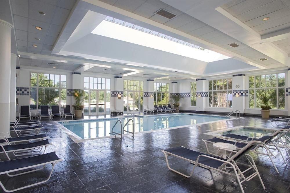 Business Classic Golf Modern Pool Wellness property building condominium swimming pool mansion Villa Lobby porch
