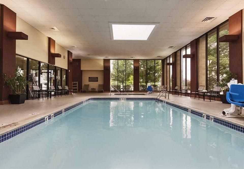 Business Classic Pool swimming pool property building condominium Resort leisure leisure centre Villa mansion blue