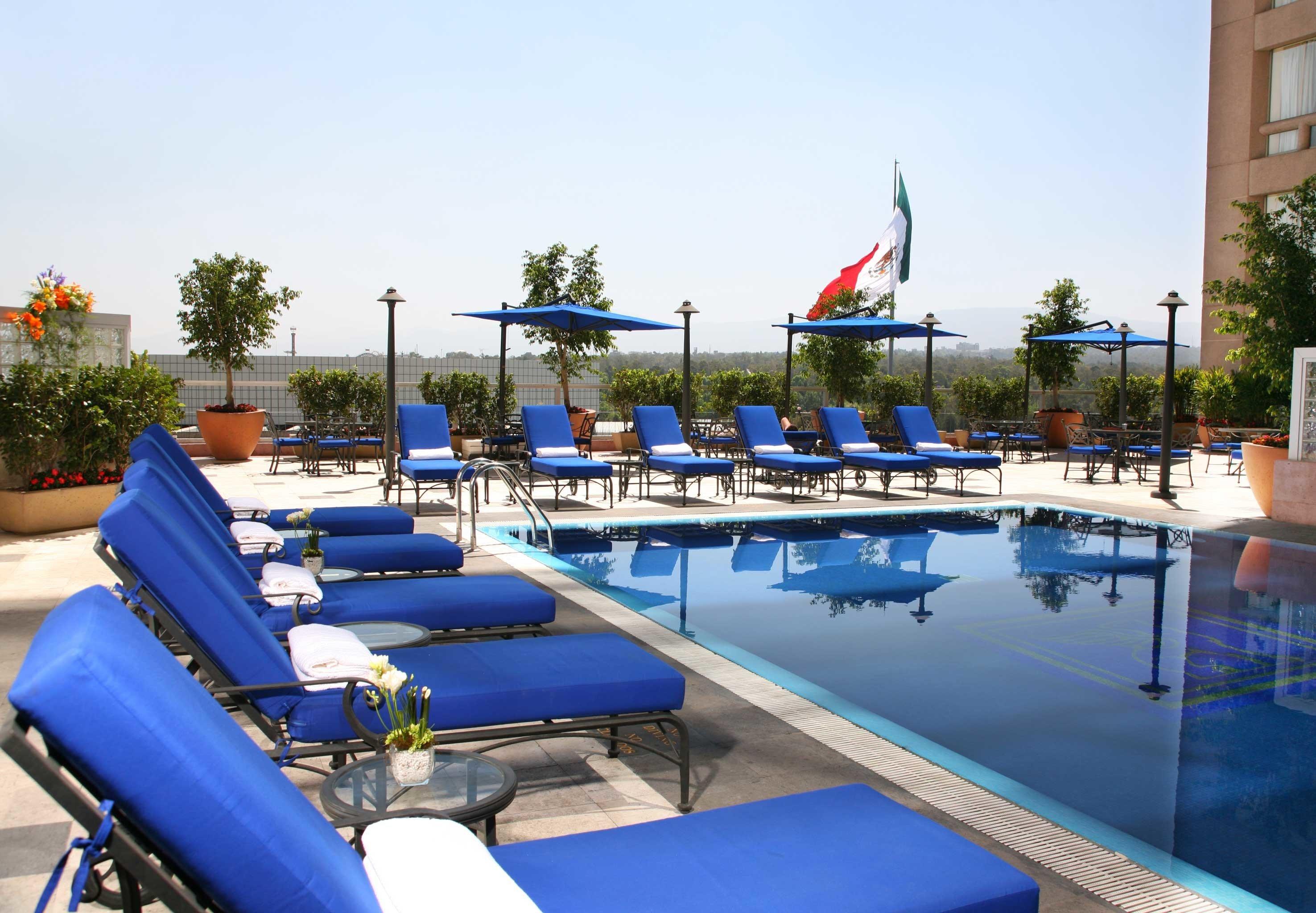 Business Elegant Lounge Patio Pool Rooftop Terrace sky leisure swimming pool Water park Resort blue marina amusement park dock inflatable