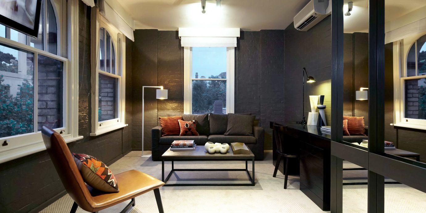Business Entertainment Hip Historic property living room home condominium Suite mansion Villa