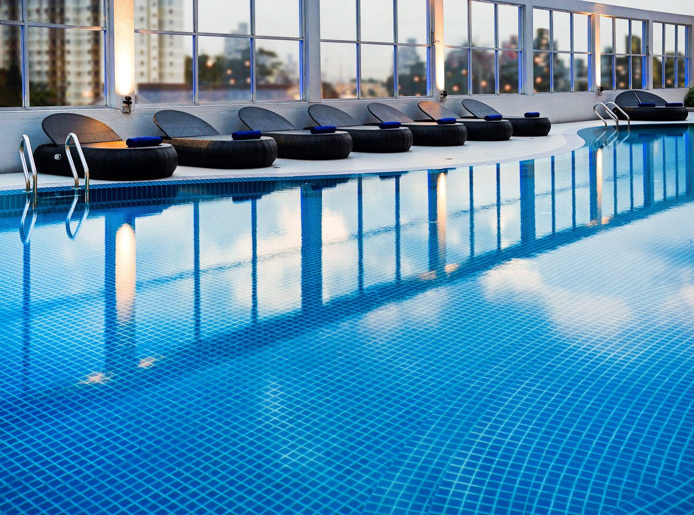 Business Modern Pool leisure swimming pool blue flooring lined